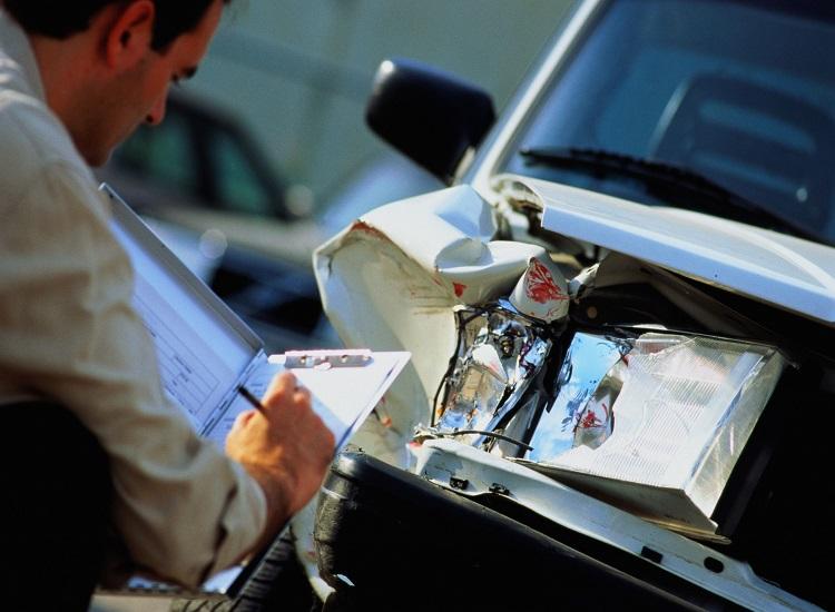 Advantages of Auto & Health Insurance